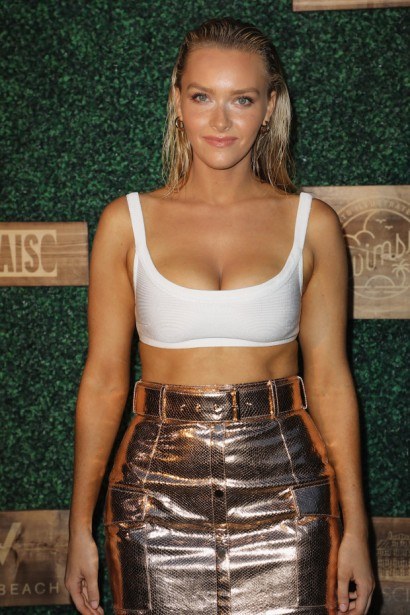 2018 Sports Illustrated Swimsuit at PARAISO During Miami Swim Week, W South Beach - Red Carpet & Front Row